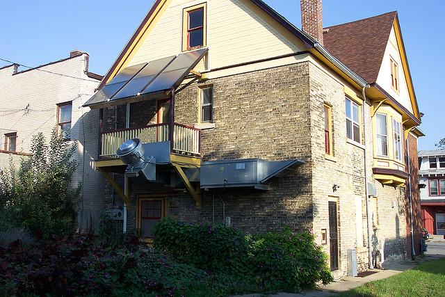 solarpaneele richtig reinigen haus. Black Bedroom Furniture Sets. Home Design Ideas
