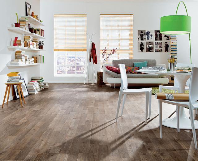 kratzer im laminatboden entfernen haus. Black Bedroom Furniture Sets. Home Design Ideas